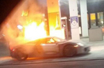 Porsche 918 Spyder burns up at a Petrol Station