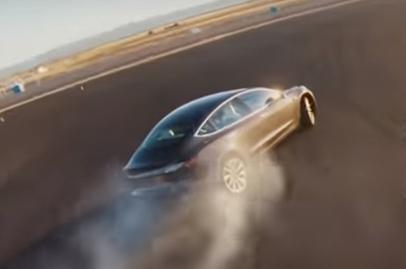 Tesla gives Model 3 a new Track Mode