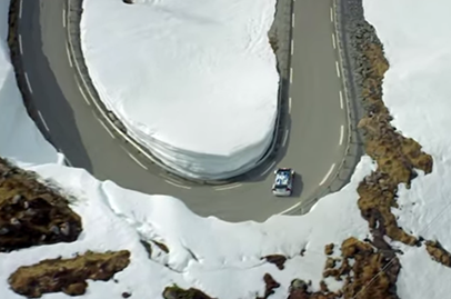 VW Polo R WRC goes up against skiing pro