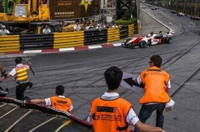 Formula 3 driver Sophia Floersch survives crash at Macau GP