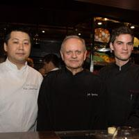 Joel Robuchon Restaurant and L'Atelier de Joel Robuchon Singapore welcome new head chefs