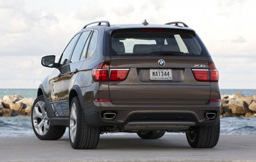 Attached Image: 2010_BMW_X5_Facelift_11_500x318.jpg