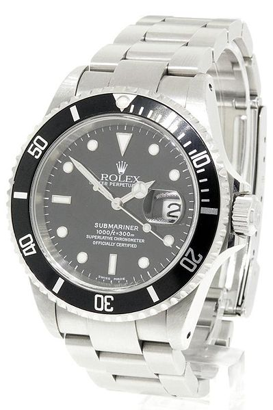 Attached Image: 399px_Rolex_Submariner.jpg