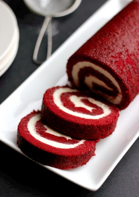 red-velvet-cake-roll.png