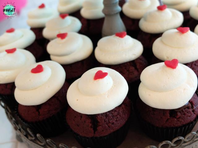 fluff-bakery-red-velvet-nutella.jpg
