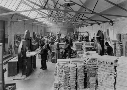 Attached Image: tn_M13_Plant_Oxford_saw_mills_1925.jpg