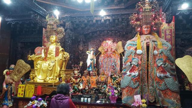 Mazhu temple 002.jpg