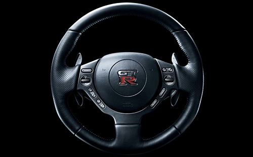 Attached Image: 2012_nissan_GT_R_steering_wheel.jpg