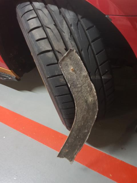 tyrepuncture,singapore.JPG