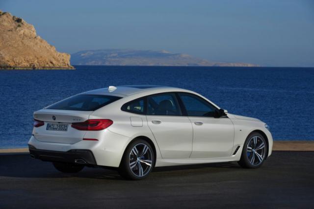 2018-BMW-6-Series-GT-37-830x553.jpg