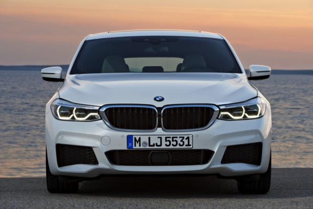 2018-BMW-6-Series-GT-39-830x553.jpg