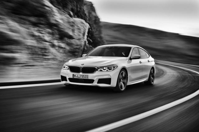 2018-BMW-6-Series-GT-63-830x553.jpg