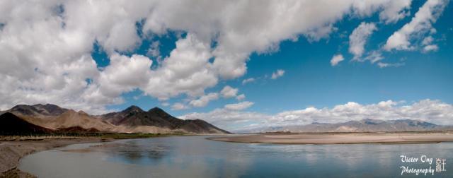 Tibet- lake.jpg
