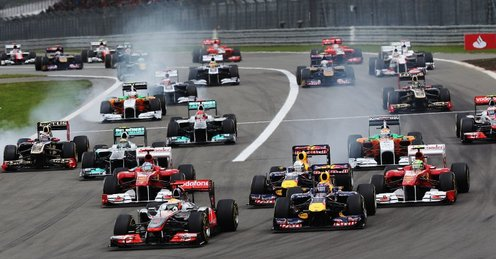Attached Image: German_Grand_Prix_start_Lewis_Hamilton_leads_2626060.jpg
