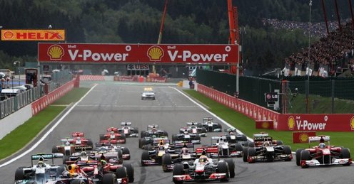 Attached Image: Sebastian_Vettel_leads_after_Belgian_GP_start.jpg