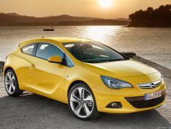 Opel_Astra_GTC_2012_.jpg