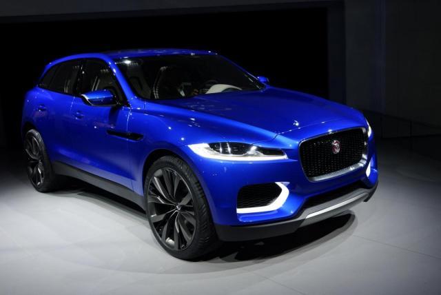Jaguar-CX-17-Concept-Front-Angle-Frankfurt-2013-carwitter.jpg