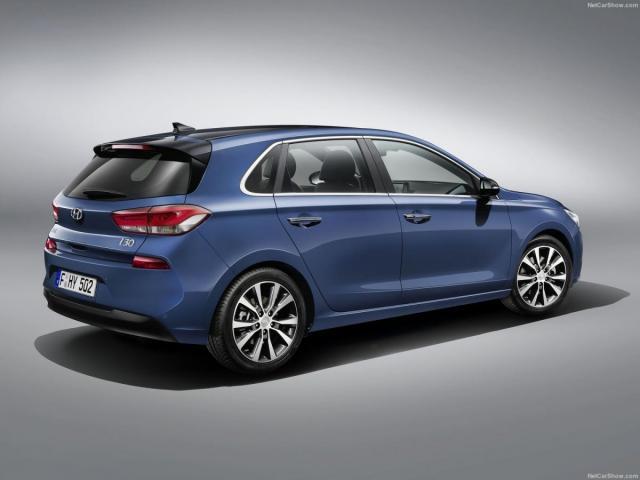 Hyundai-i30-2017-1600-03.jpg