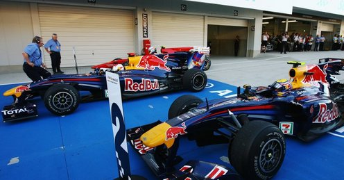 Attached Image: Sebastian_Vettel_and_Mark_Webber_2513570.jpg