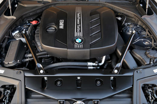 Attached Image: bmw_2012_engine_3lg80apy82040gccgocwskc0c_a5fuq7lrqzkgc0ccw4ss08gso_th.jpg