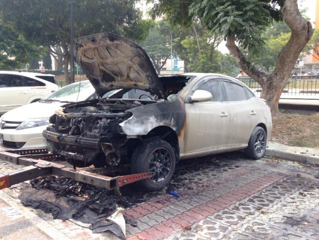 burning-car-at-toa-payoh-data.jpg
