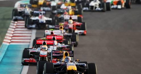 Attached Image: Sebastian_Vettel_leads_pack_in_Abu_Dhabi_2527247.jpg