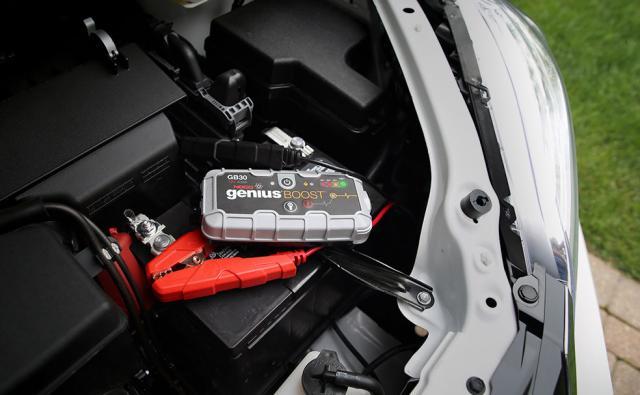 noco_genius_boost_safe_lithium_jump_starter_minvan_jump_start.jpg
