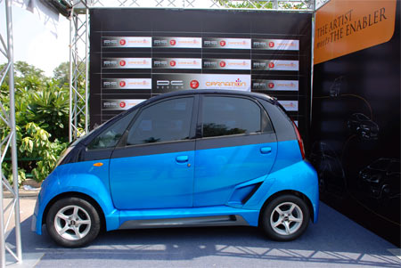 Attached Image: Tata_nano_02.jpg