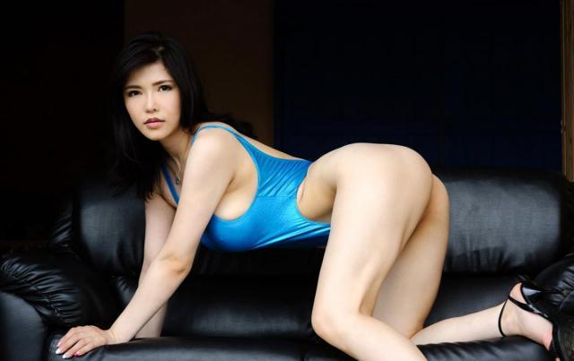 anri-okita-5.jpg
