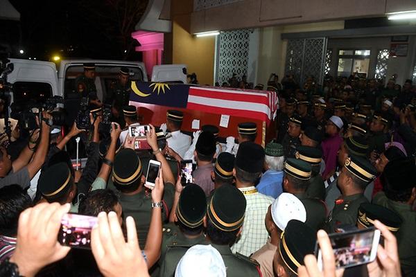 dead-malaysian-commando-5.png.0eb0dd2a87e8323defdcd442f1f65296.png