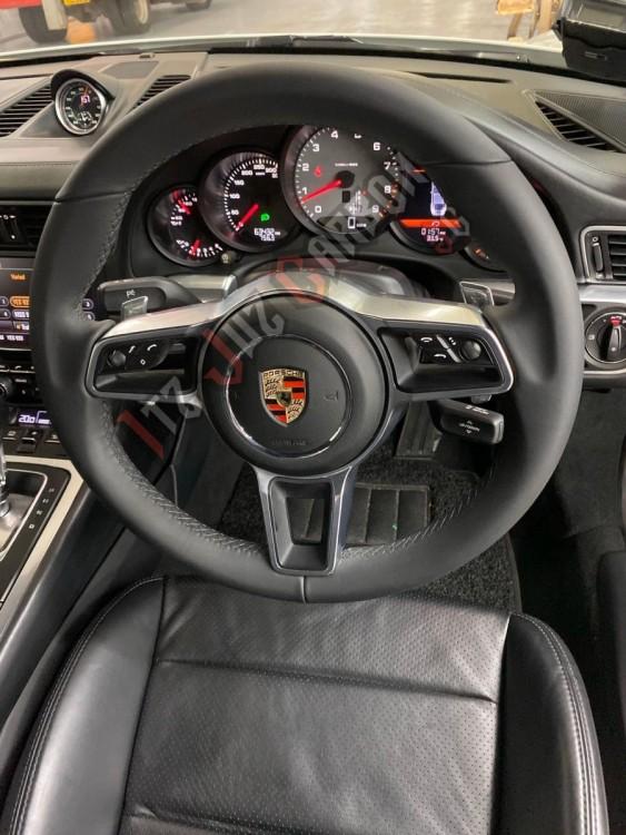 1254552136_Porsche911-MrAndrew(3).thumb.jpeg.5797a17bafa05036ab280001c3accb77.jpeg