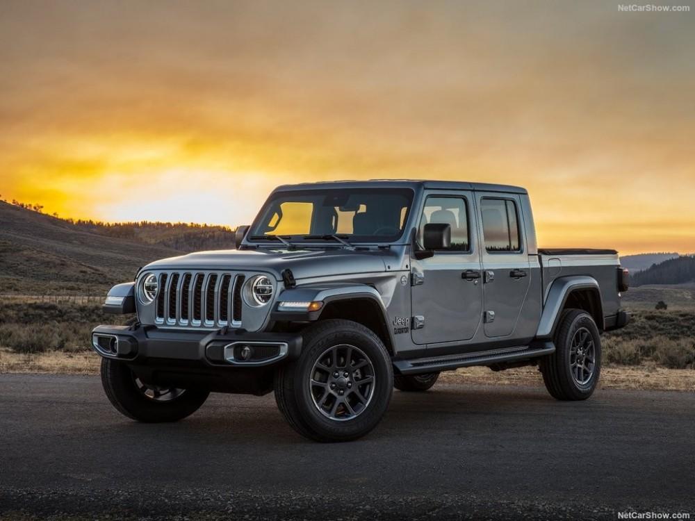 Jeep-Gladiator-2020-1024-01.thumb.jpg.b8a3814fc6333859cd03503c8c0d34b8.jpg