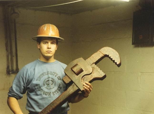wrench.jpg.e8ad55f6f37e7093e9114f69f80078b7.jpg