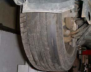 Worn_front_tyre.jpg