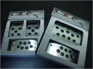 https://www.mycarforum.com/uploads/sgcarstore/data/1//Ralliart Pedal 1_1.JPG