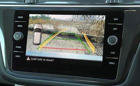 https://www.mycarforum.com/uploads/sgcarstore/data/1/11590157843_0volkswagen-allspace-rearview-camera.jpg
