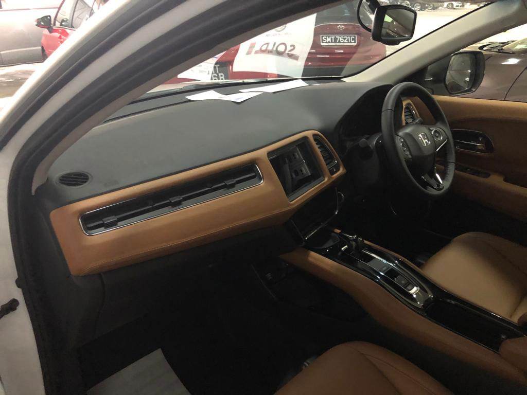 Car Interior Dashbaord Leather Upholstery Wrap Service