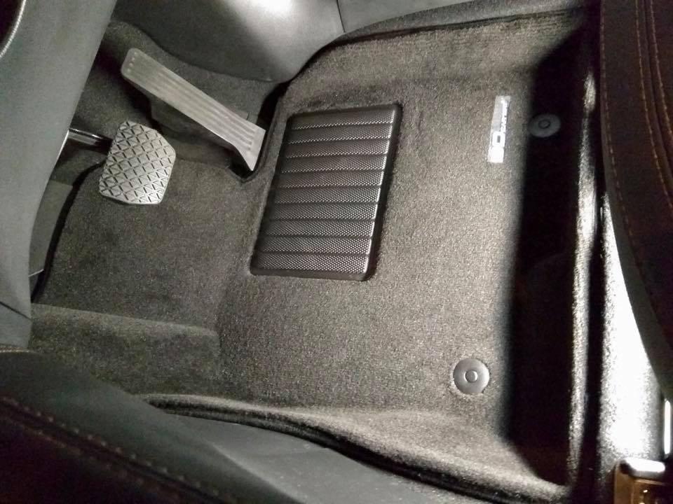 Customised Mazda 3D Royal MAXpider Car Mat