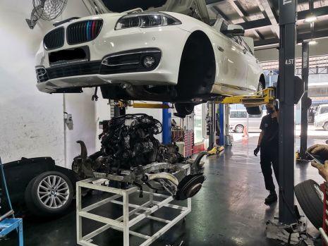 https://www.mycarforum.com/uploads/sgcarstore/data/10/10_1608795128_0C1-BMW-ENGINE-REPAIR.jpg