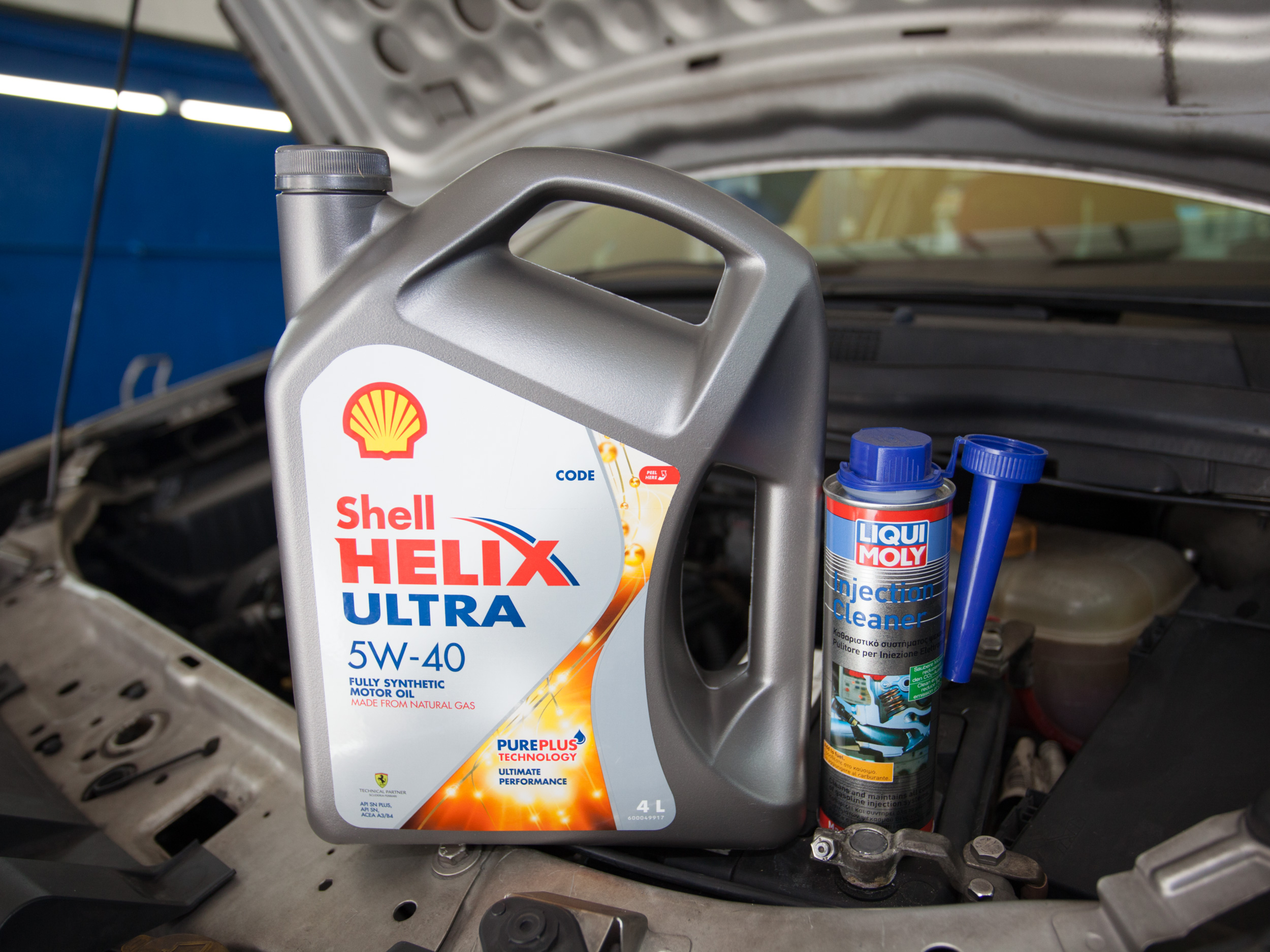 Shell Helix Ultra 5W40 Vehicle Servicing