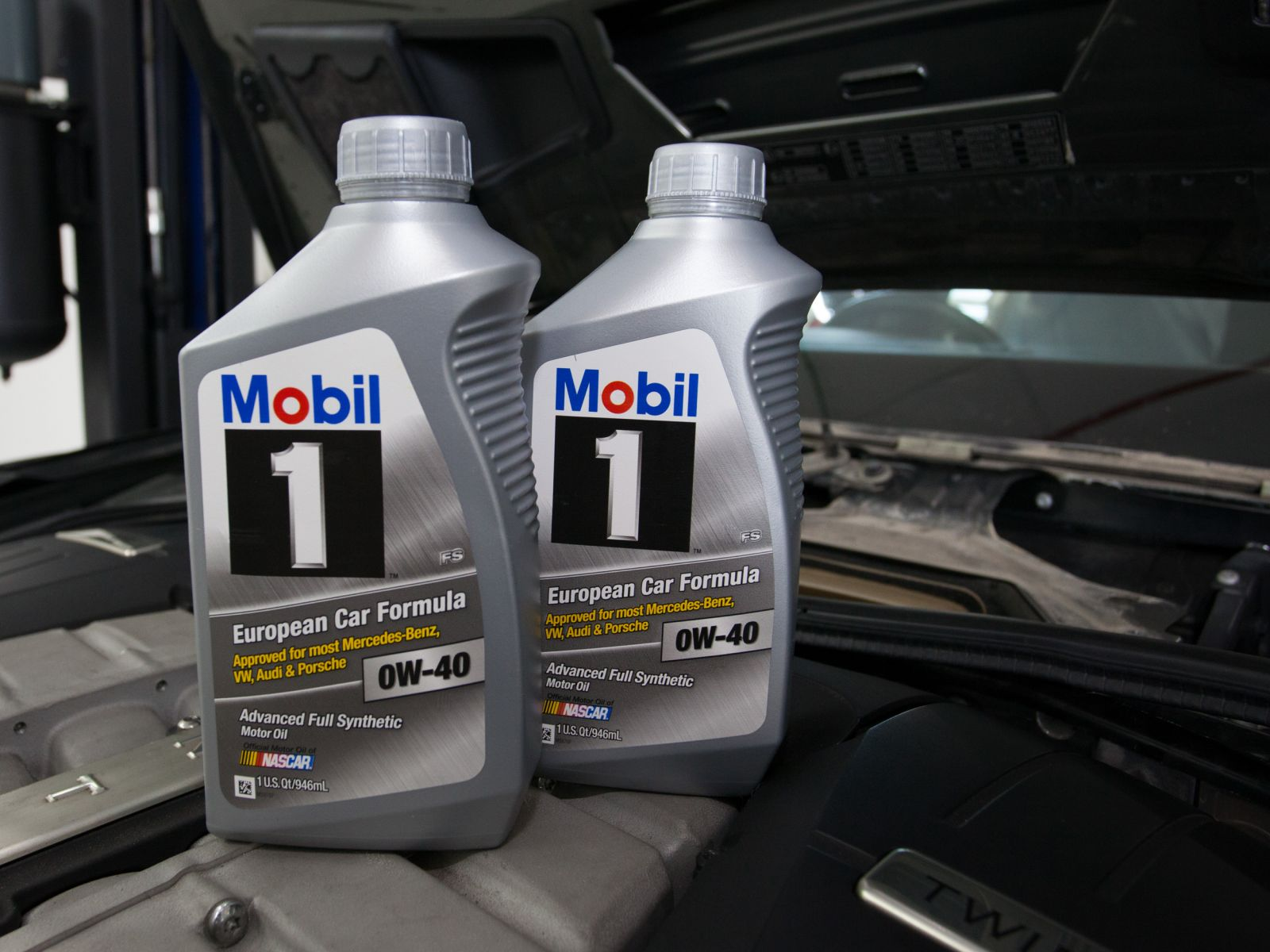 Mobil 1 Fully Synthetic 0W40 European Car Formula Major Vehicle Servicing (For Mercedes-Benz / Service B)