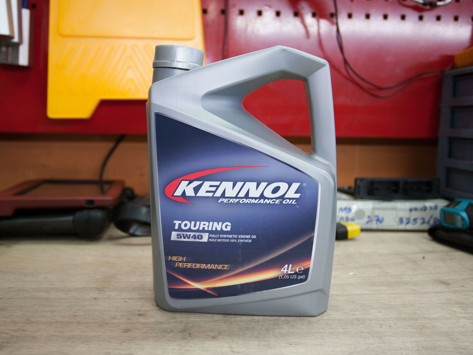 Kennol Touring 5W40 Full Synthetic Engine Oil Vehicle Servicing
