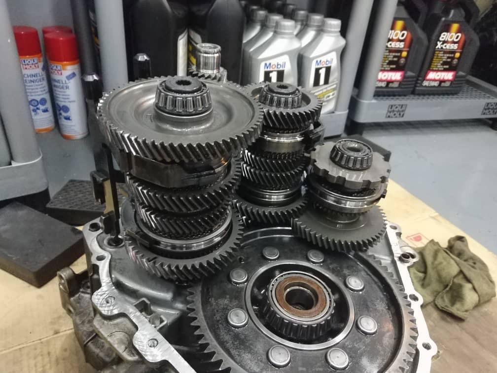 Gearbox Overhaul / Clutch Replacement / Mechatronic Repair