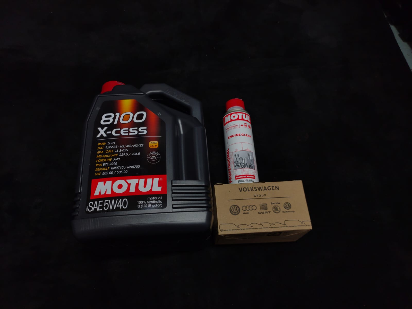 Motul 8100 X-cess 5W40 (5L) Continental Cars Vehicle Servicing
