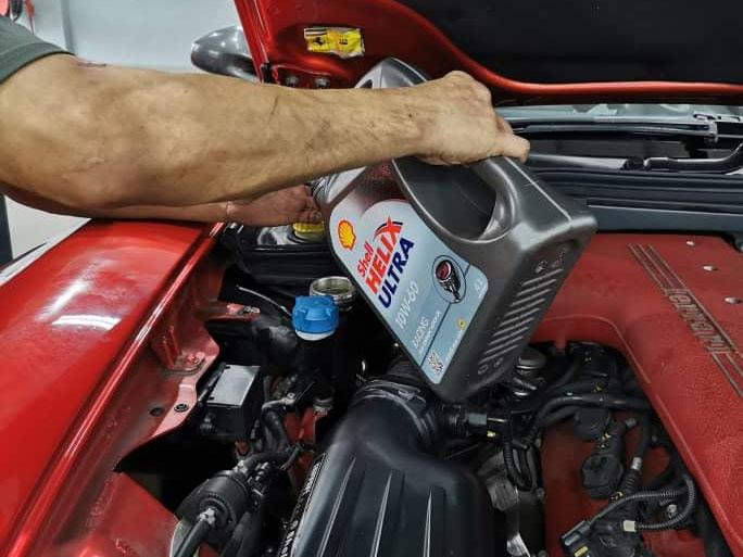 Ferrari Testarossa / 599 / 612 10W60 Engine Oil Servicing Package