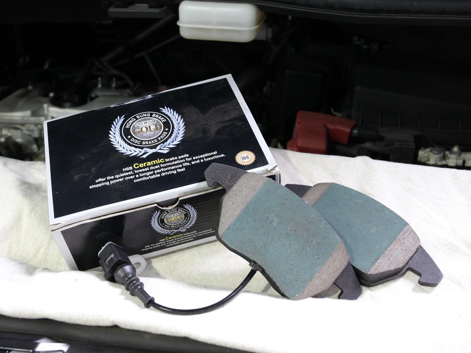 Original Volkswagen and Audi Brake Pad With Brake Sensor