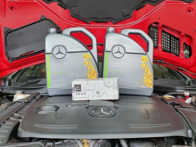 Genuine Mercedes-Benz Engine Oil SAE 5W40 Vehicle Servicing (For Mercedes-Benz A-Class / B-Class / C-Class / GLA-Class / CLA Class