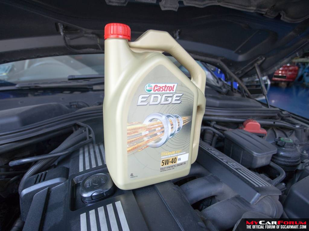 Castrol EDGE 5W40 Vehicle Servicing Package