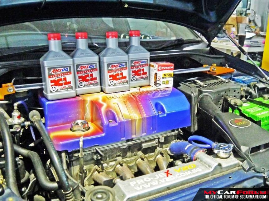 Amsoil XL 5W-30 Synthetic Vehicle Servicing Package