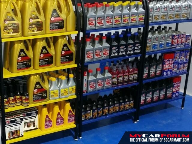 AMSOIL XL 5W30 Engine Oil Vehicle Servicing Package